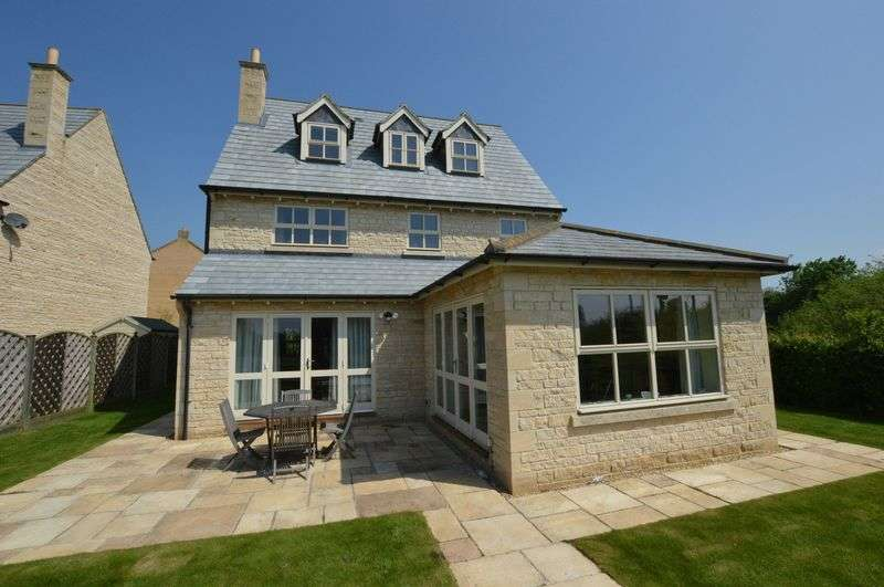 4 Bedrooms Detached House for sale in Gwash Close, Stamford
