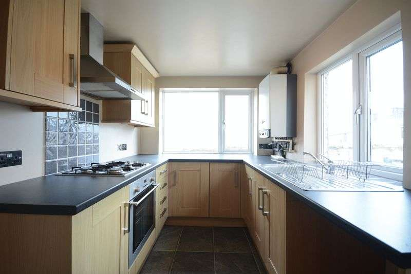 2 Bedrooms Terraced House for sale in Commercial Street, , Rishton