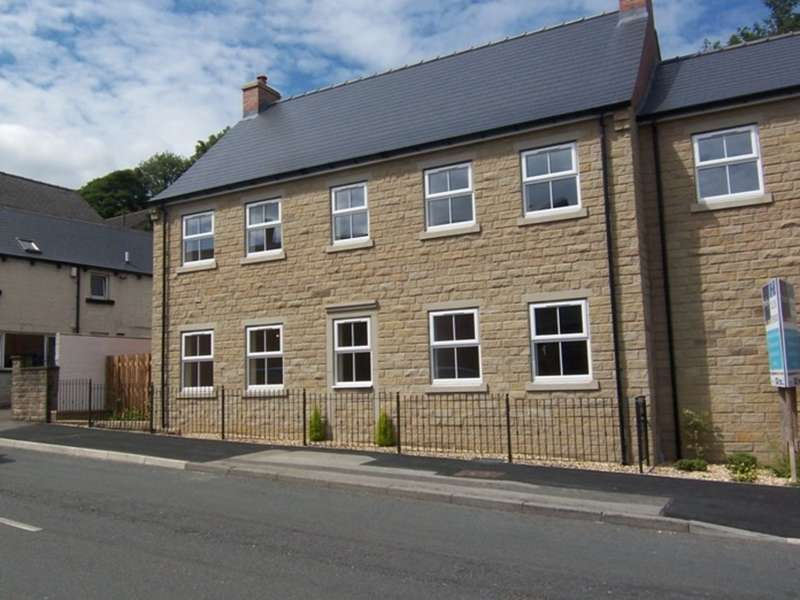 2 Bedrooms Flat for sale in Manchester Road, Thurlstone, Sheffield, S36 9QS