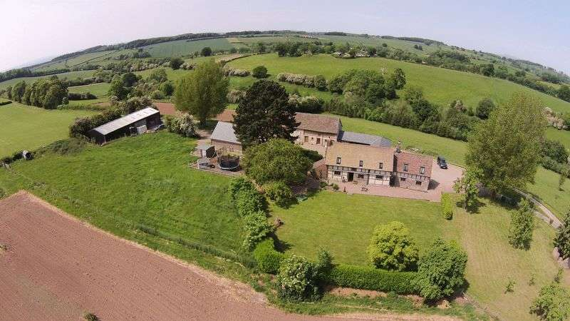 5 Bedrooms Detached House for sale in Between Pudleston & Bredenbury Herefordshire