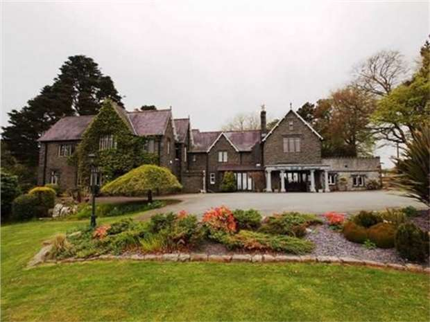 10 Bedrooms Detached House for sale in Tremfan Hall, Lon Bribwl, Llanbedrog, Abersoch, Gwynedd