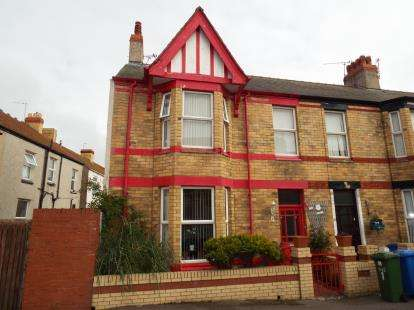 3 Bedrooms Terraced House for sale in Marlborough Grove, Rhyl, Denbighshire, LL18