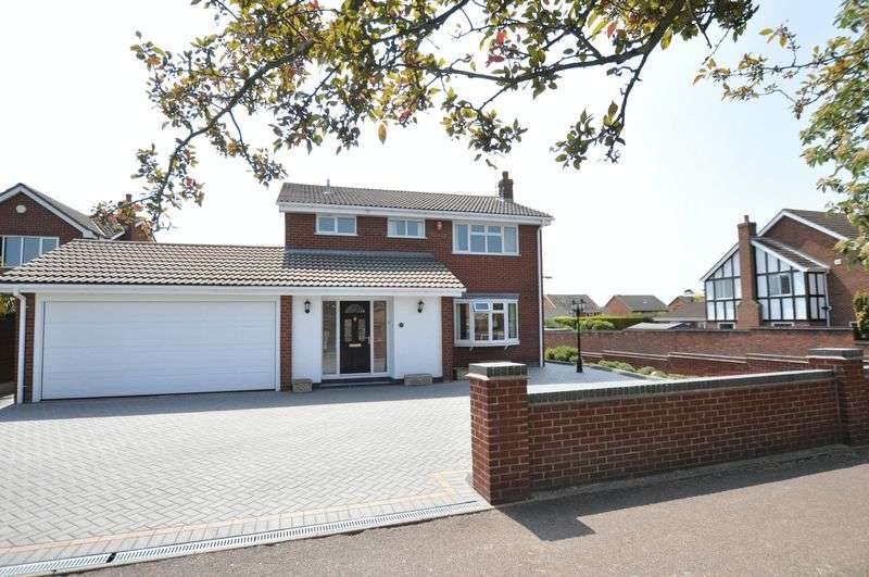 4 Bedrooms Detached House for sale in Bitham Lane, Stretton