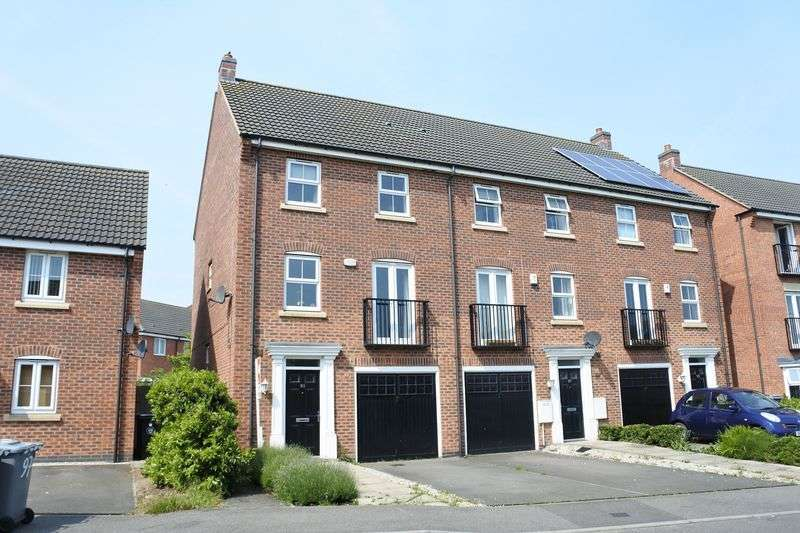 4 Bedrooms Semi Detached House for sale in Hudson Way, Grantham