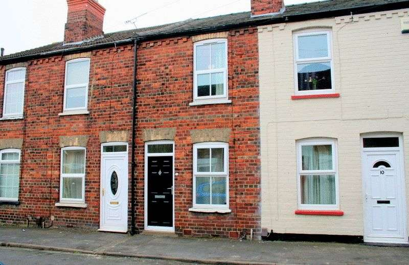 2 Bedrooms Terraced House for sale in Carlton Street, Uphill, Lincoln
