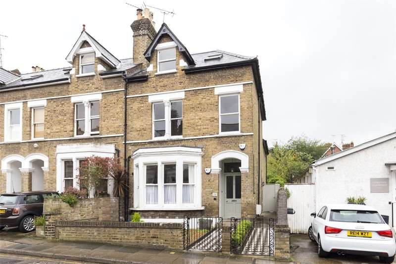 2 Bedrooms Flat for sale in Halford Road, Richmond, TW10