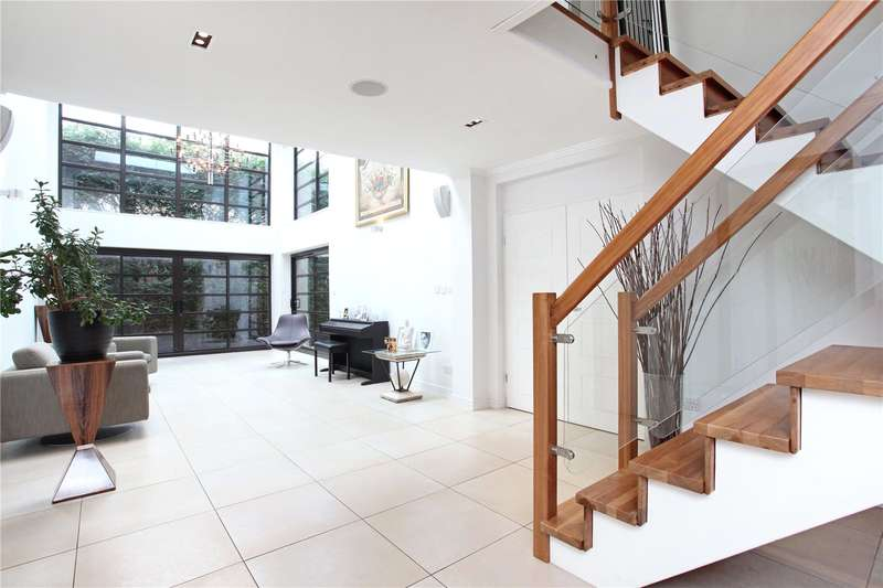5 Bedrooms Detached House for sale in Chestnut Drive, Windsor, Berkshire, SL4