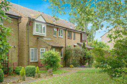 2 Bedrooms Terraced House for sale in Longs Drive, Yate, Bristol, South Gloucestershire