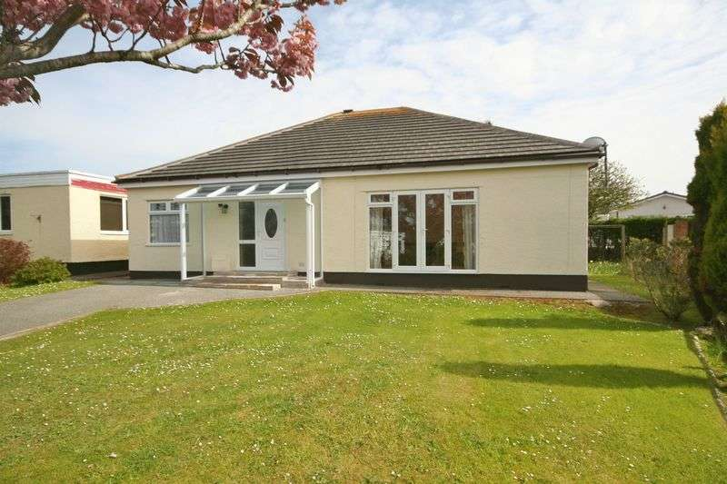3 Bedrooms Detached Bungalow for sale in Trearddur Road, Trearddur Bay, Anglesey