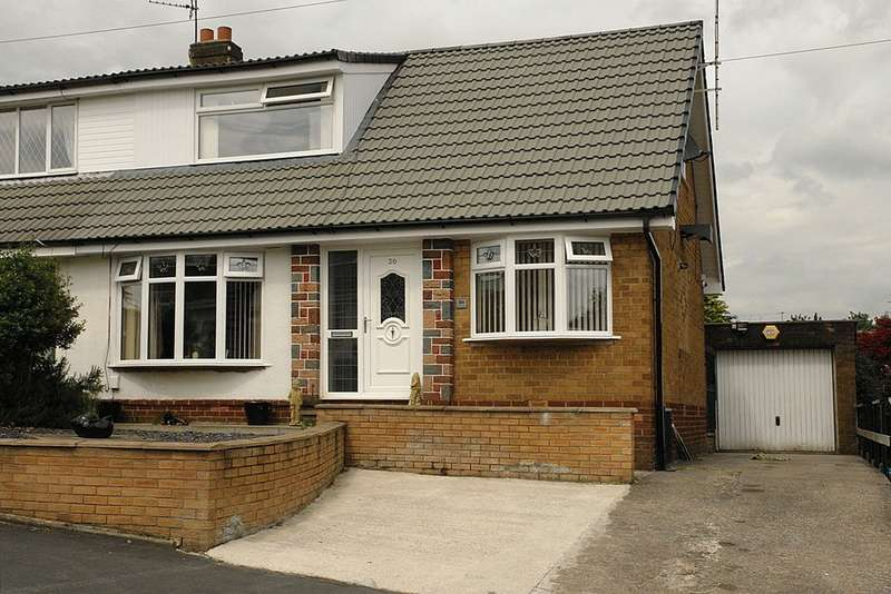 3 Bedrooms Semi Detached Bungalow for sale in 30 Harewood Drive, Royton