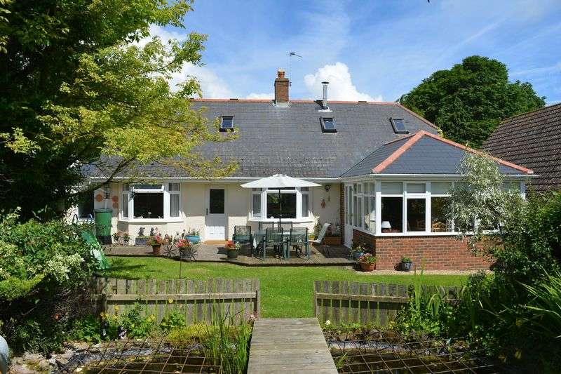 3 Bedrooms Detached Bungalow for sale in Childrey