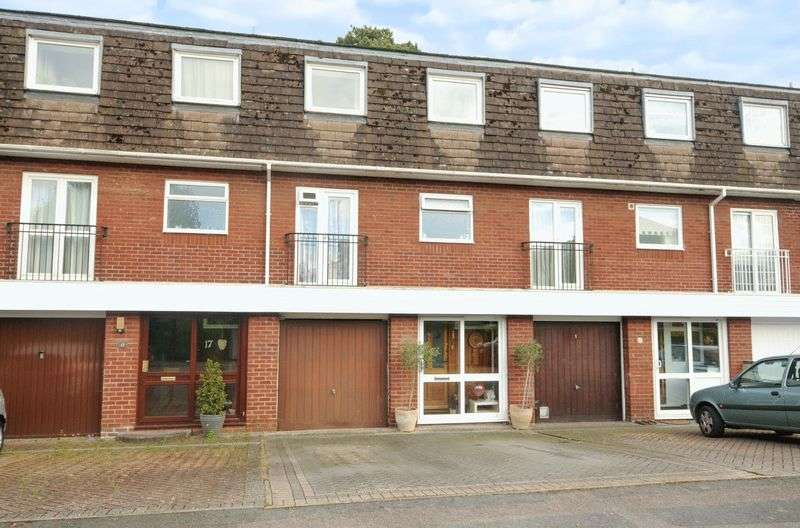 4 Bedrooms Terraced House for sale in St. Amand Drive, Abingdon
