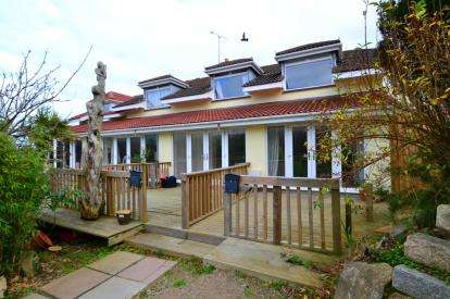 2 Bedrooms Terraced House for sale in St. Ives, Cornwall