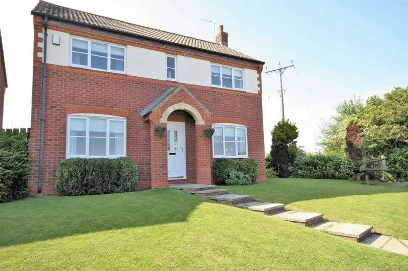 3 Bedrooms Detached House for sale in Ings Lane, Brotton