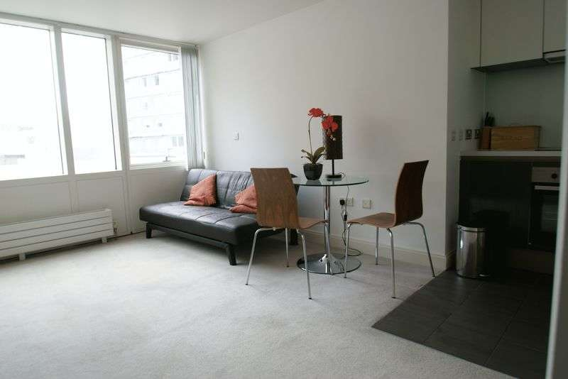 1 Bedroom Flat for sale in Strand Street, Liverpool