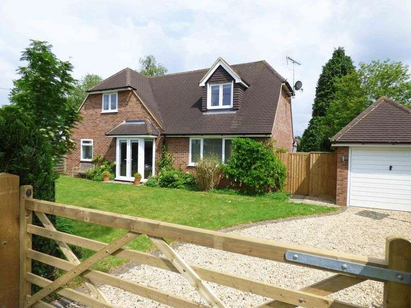 4 Bedrooms Detached House for sale in Nr. Naphill Common