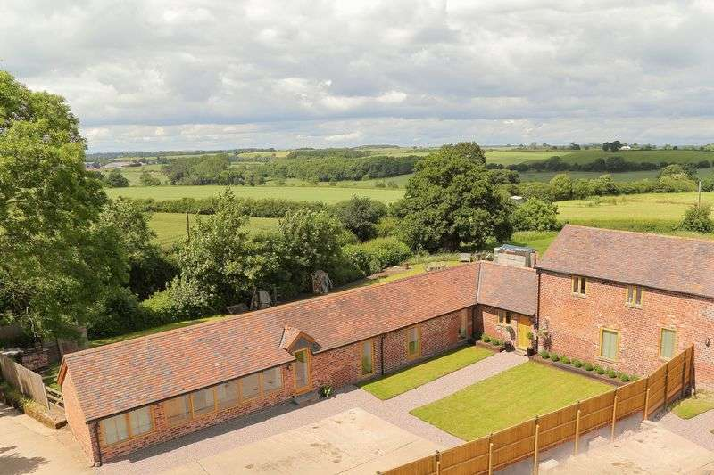 5 Bedrooms Semi Detached House for sale in The Owl Barn, Shrewsbury