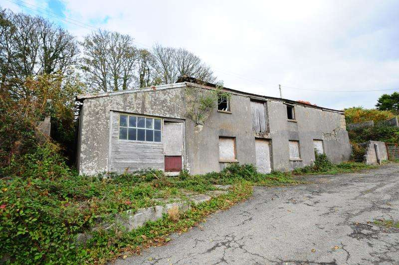 Barn Conversion Character Property for sale in Tregavethan, Truro