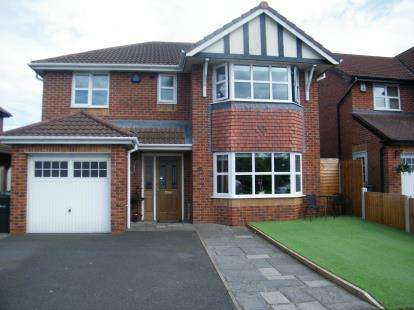 4 Bedrooms Detached House for sale in Lytham Drive, Winsford, Cheshire, CW7