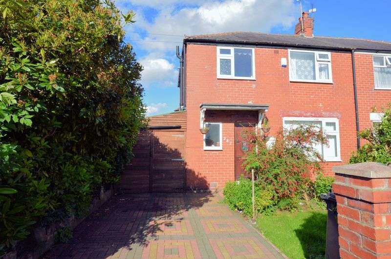3 Bedrooms Semi Detached House for sale in Market Street, Bury