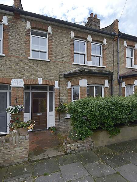 3 Bedrooms Terraced House for sale in Percy Road, Isleworth, Middlesex, TW7