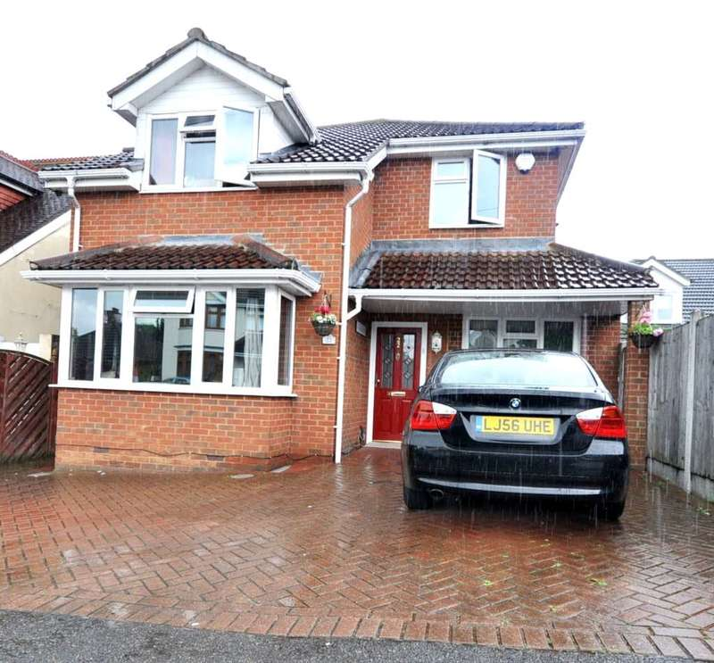 5 Bedrooms House for sale in Queenway, Romford