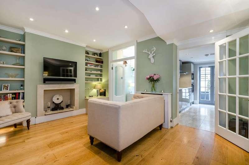 2 Bedrooms Flat for sale in Alderney Street, Pimlico, SW1V
