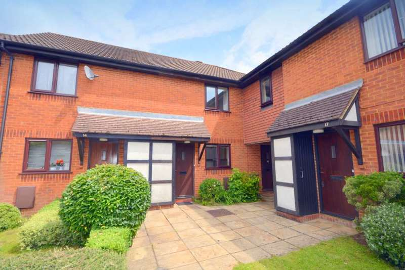 2 Bedrooms Terraced House for sale in Tylsworth Close, Amersham