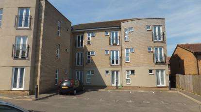1 Bedroom Flat for sale in Red Barn Road, Colchester, Essex
