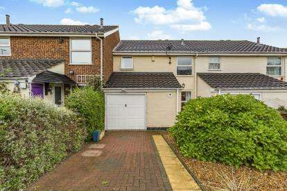 3 Bedrooms Terraced House for sale in Mortar Pit Road, Rectory Farm, Northampton, Northants