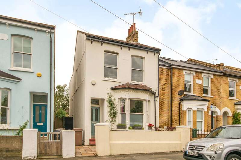 3 Bedrooms Detached House for sale in Fraser Road, Walthamstow Village, E17