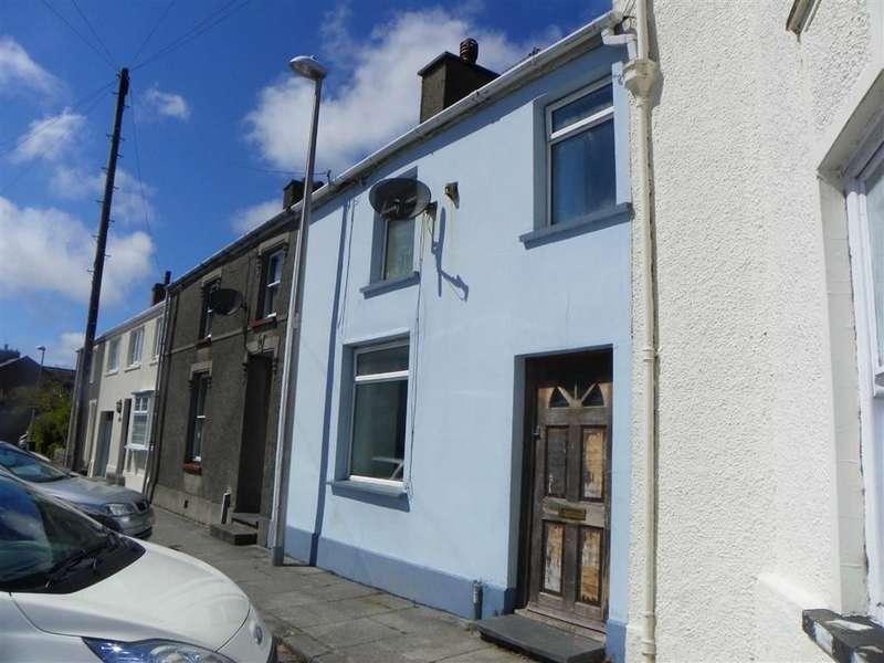 3 Bedrooms Property for sale in East Back, Pembroke