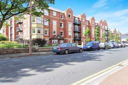 1 Bedroom Flat for sale in Ashton View, Lytham St. Annes, Lancashire, England, FY8