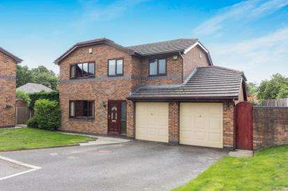 4 Bedrooms Detached House for sale in The Beechlands, Rhosnesni Lane, Wrexham, Wrecsam, LL12