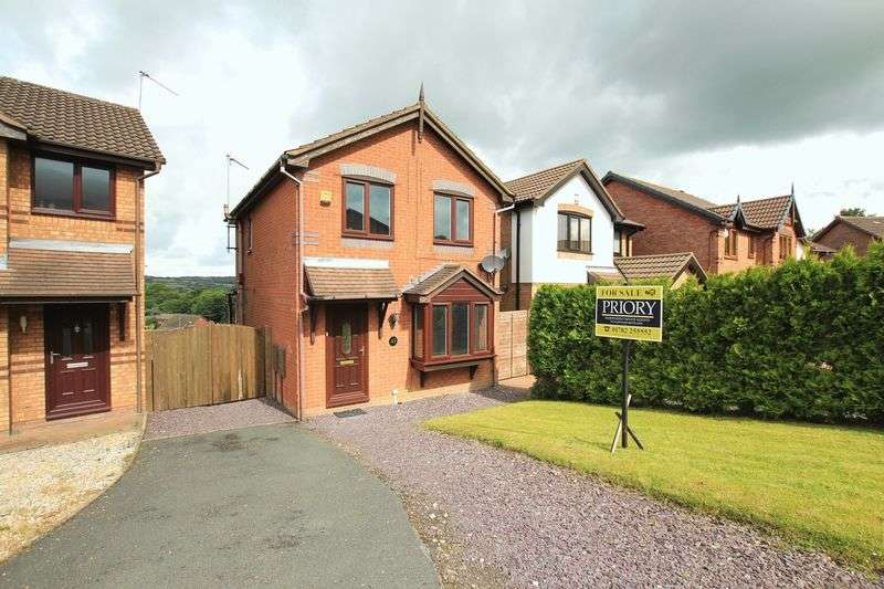 3 Bedrooms Detached House for sale in Redwing Drive, Biddulph