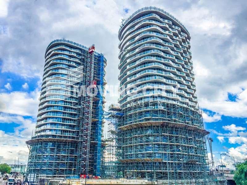 2 Bedrooms Flat for sale in Hoola East Tower, Royal Docks, Docklands