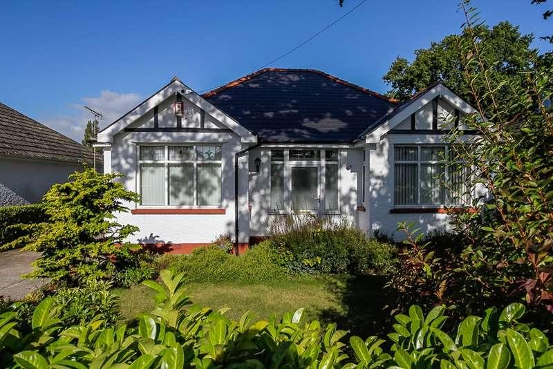 3 Bedrooms Bungalow for sale in Llyswen Road, Cyncoed, Glamorgan, CF23