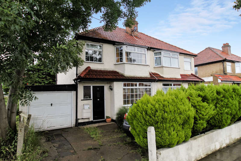 3 Bedrooms Semi Detached House for sale in Ravenswood Avenue, Surbiton