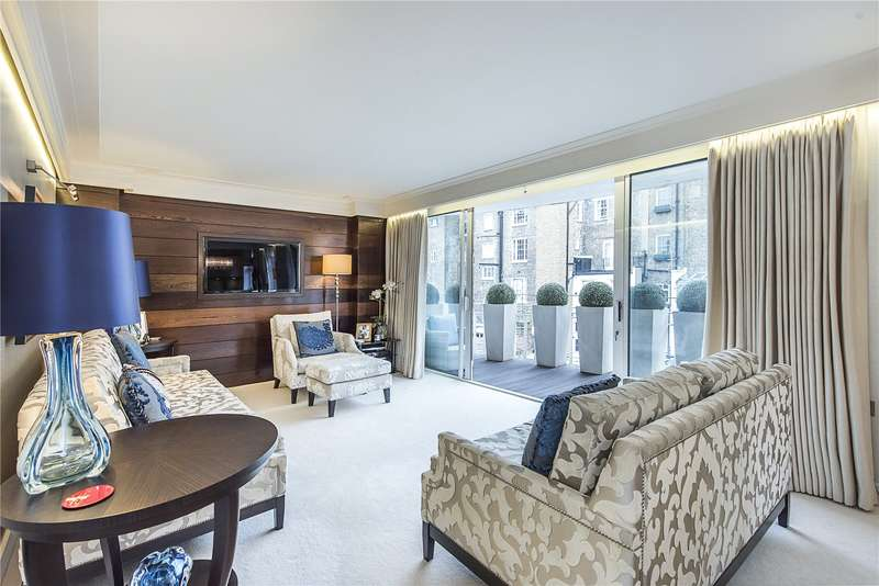 3 Bedrooms Flat for sale in Whaddon House, William Mews, London, SW1X