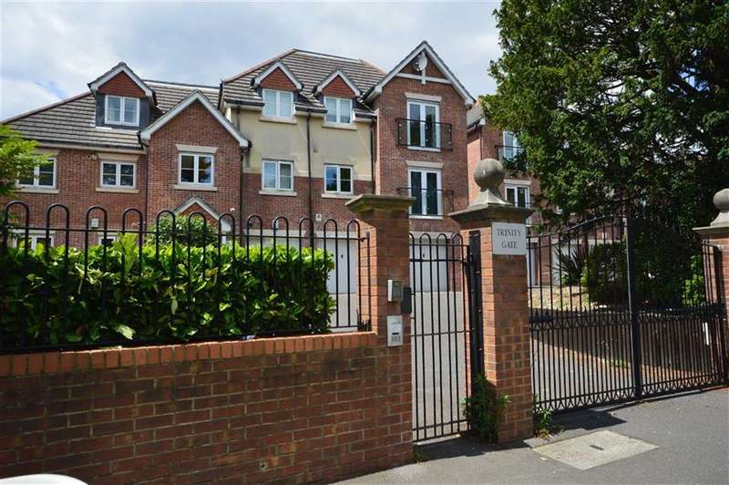 2 Bedrooms Property for sale in Trinity Gate, Dean Park, Bournemouth, BH2