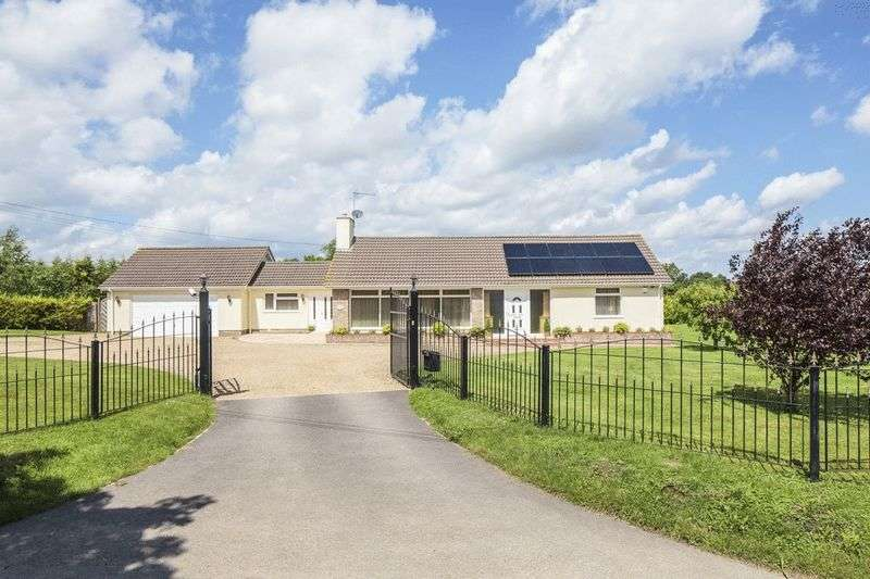 4 Bedrooms Detached Bungalow for sale in Wattisfield