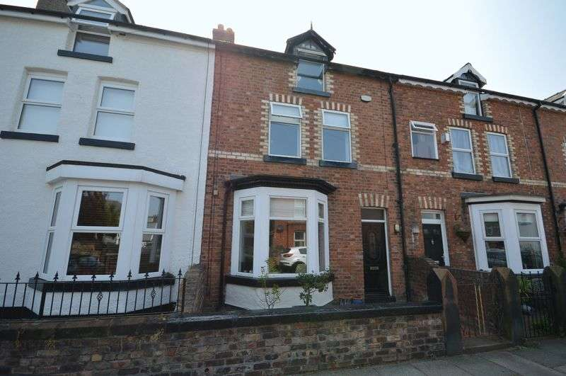 4 Bedrooms Terraced House for sale in Marmion Road, Hoylake