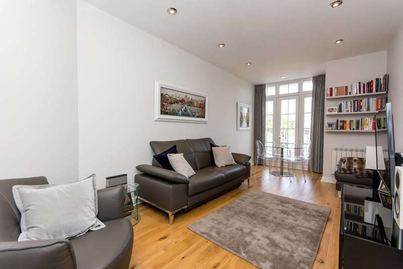 1 Bedroom Flat for sale in Abbey Road, St John's Wood, NW8
