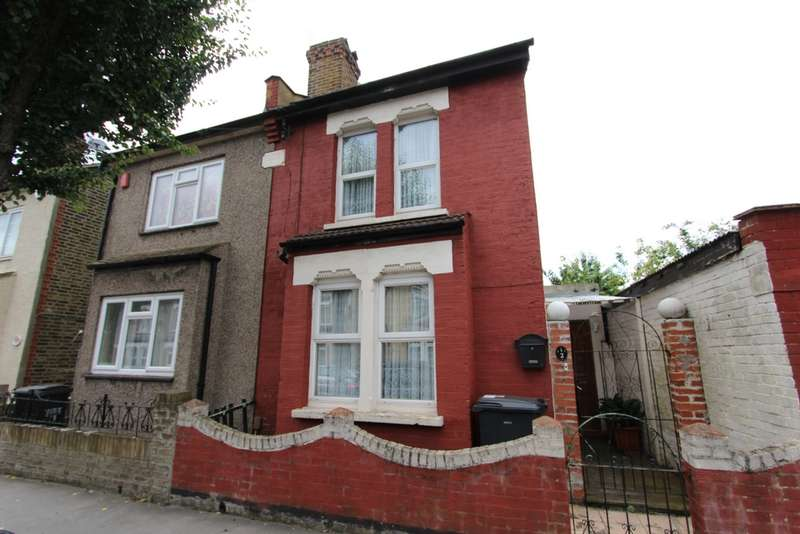 3 Bedrooms Semi Detached House for sale in Beaconsfield Road, Croydon, CR0