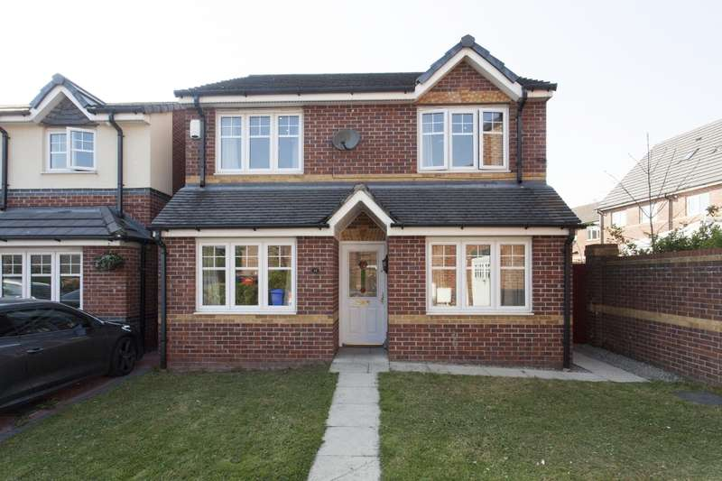 4 Bedrooms Detached House for sale in Larch Gardens, Manchester, Greater Manchester, M8