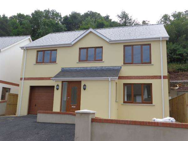 3 Bedrooms Detached House for sale in Plot N, St Patricks Hill, Llanreath, Pembroke Dock