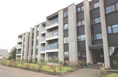 3 Bedrooms Flat for sale in Anthony Court, Largs