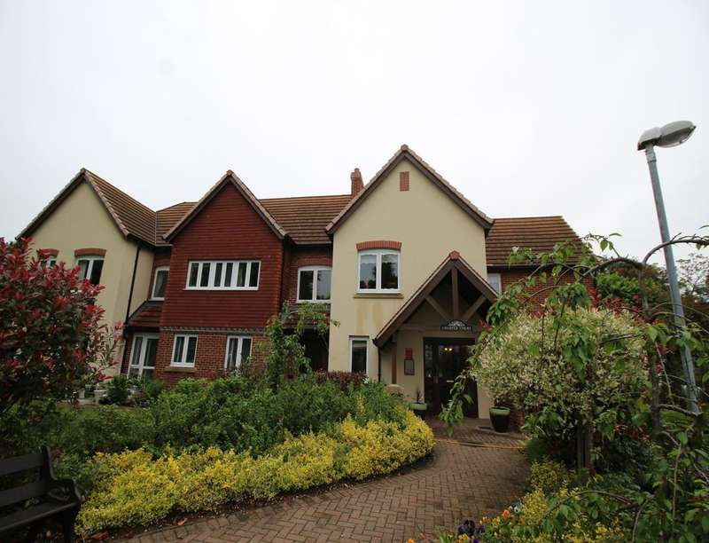 1 Bedroom Flat for sale in Charter Court, Retford, DN22