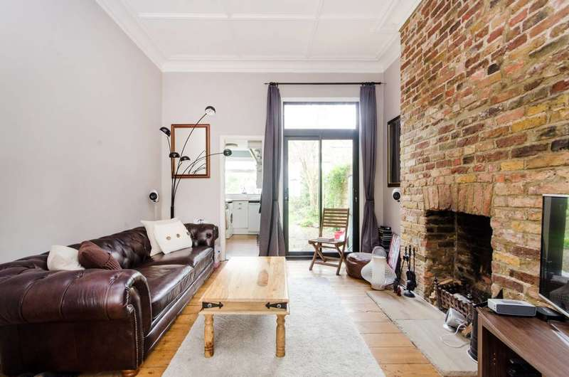 1 Bedroom Flat for sale in Lanercost Road, Tulse Hill, SW2