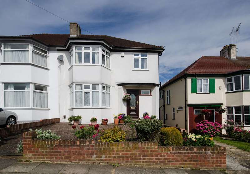 3 Bedrooms Semi Detached House for sale in York Road, Northwood Hills, HA6